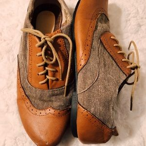 Shoes - oxford brown shoes